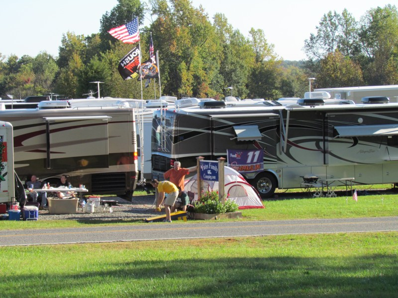 Rv camping near charlotte motor speedway lakeshore rv for Charlotte motor speedway campground