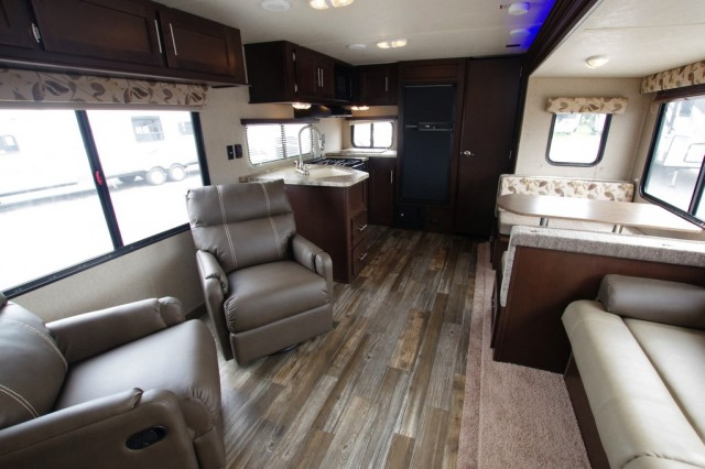 2016 Cherokee 274RK Interior Photo