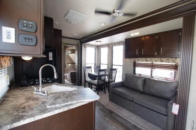2016 Cherokee 39KR Interior Photo