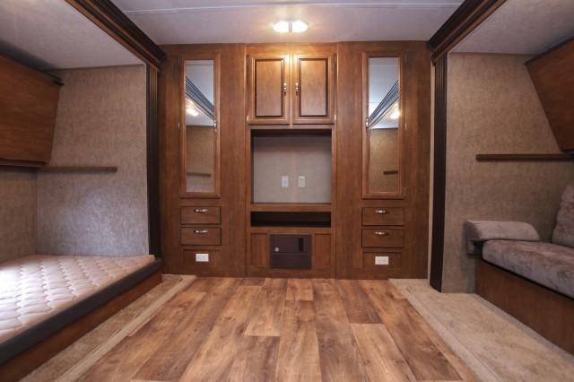 2016 Wildwood 31QBTS Interior Photo
