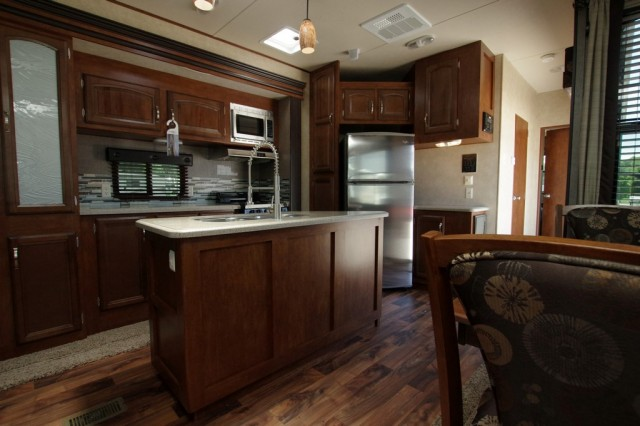 New 2016 Forest River Wildwood Lodge T393rlt Park Trailer For Sale Wi6344