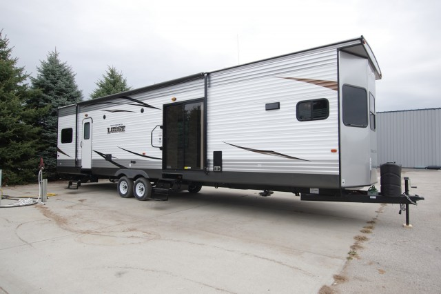 New 2016 Forest River Wildwood Lodge T394fkds Park Trailer For Sale Wi6345