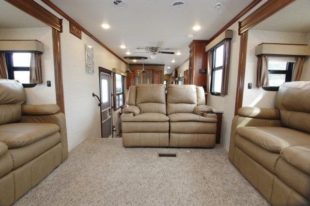 2016 Bighorn 3750FL Interior Photo