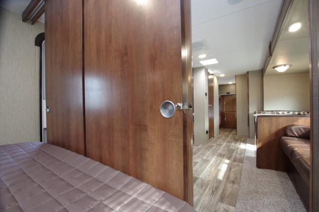 2016 Passport Grand Touring 2920BH Interior Photo