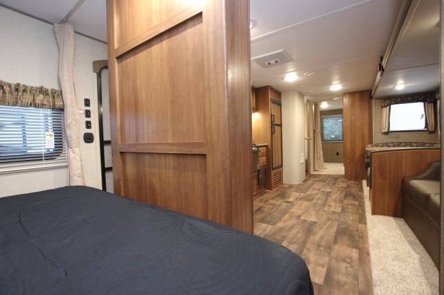 2016 Summerland 3030BH Interior Photo