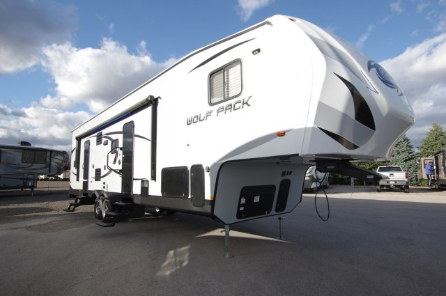 2016 Wolf Pack RVs 315pack12 5th Wheel Wo6917