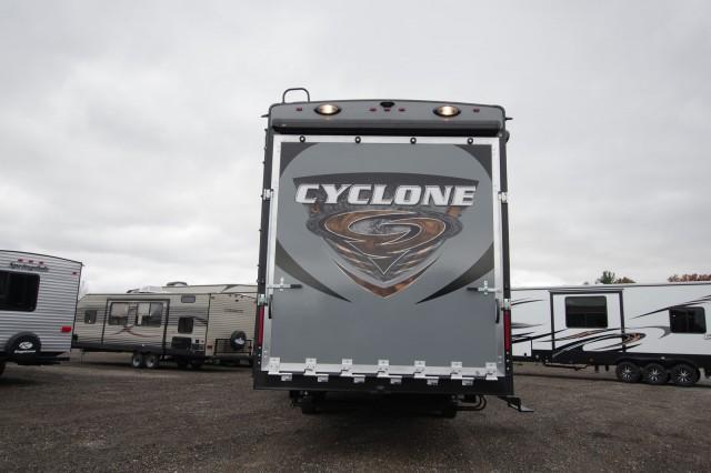 2016 Cyclone 4113 Interior Photo
