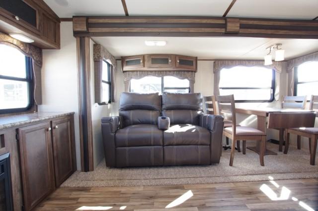 2016 Cougar Xlite 33SAB Interior Photo