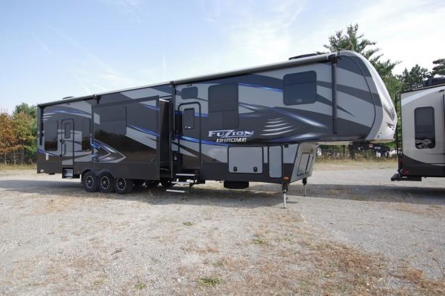 2016 Fuzion RVs 414 5th Wheel Ke6936