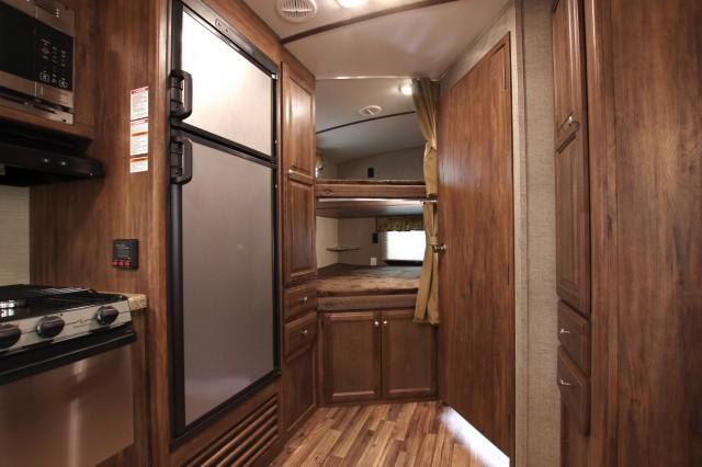 2017 Cougar Xlite 25RDB Interior Photo