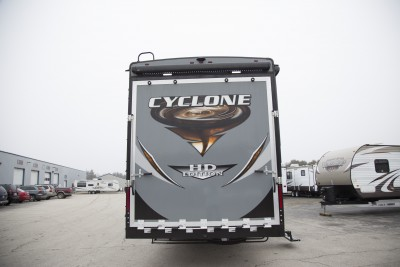 2017 Cyclone 4005 Interior Photo