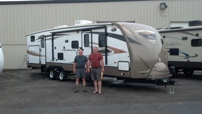 Randy of San Mateo with their Cruiser 28SE