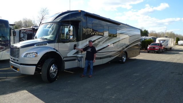 Brian of Clark Lake with their DX3 37TRS