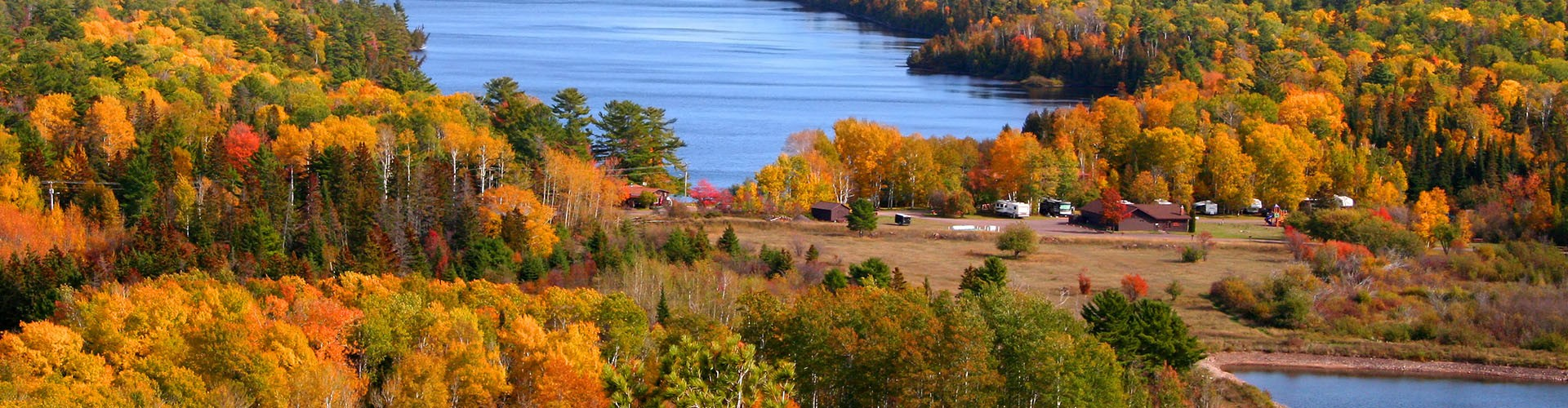 autumn view of copper harbor