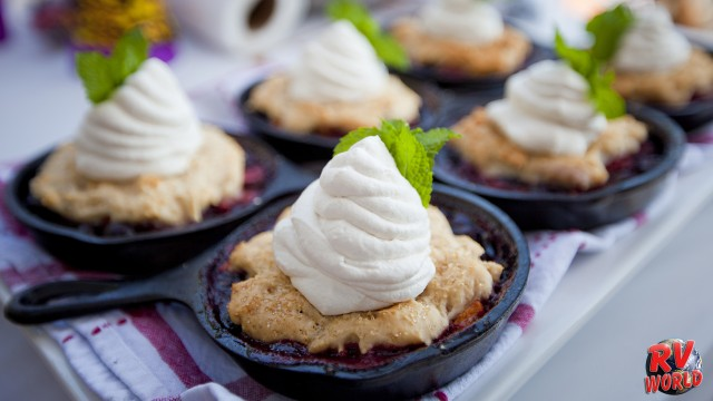 tasty blackberry camfire cobbler recipe