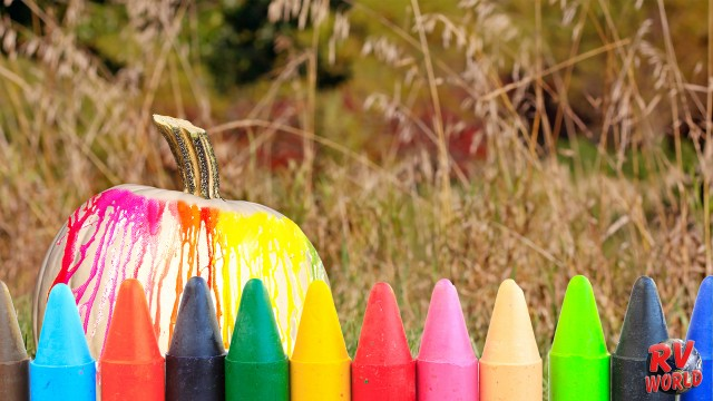 crayon pumpkins