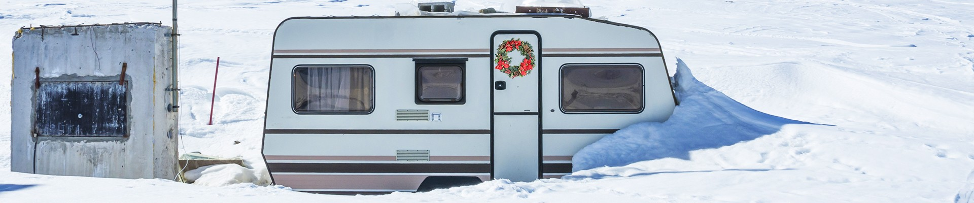 decorate the windows - Rv Christmas Decorations