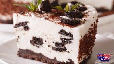 Mint Bark Cheesecake