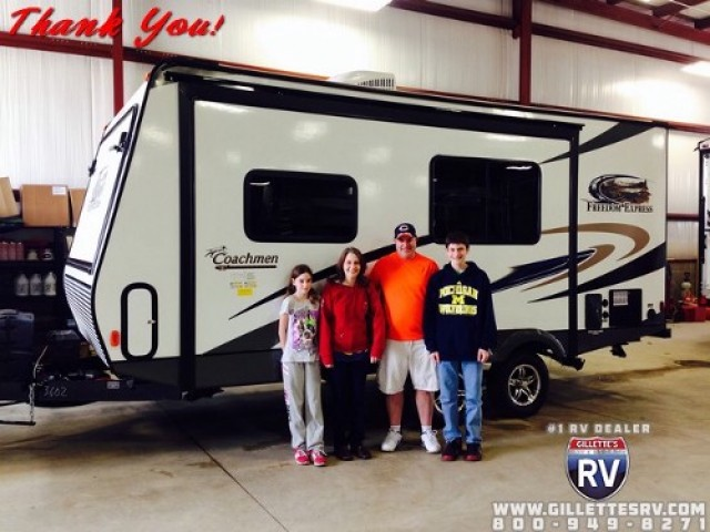 Ken of Boise, AL with their Freedom Express 282BHDS