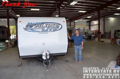 Tom of Chippewa Falls with their Salem Cruise Lite 230BHXL