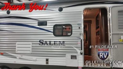 Robyn Of Twin Lake, MI With Their Salem 28rlds