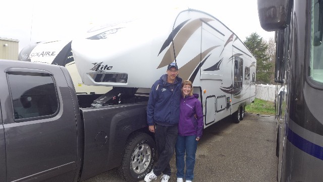 Gary of Michigan City with their Cougar Xlite 26SAB