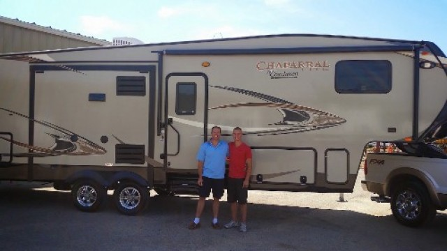 Holt Family Nelmar of Windsor with their Chaparral Lite 29BHS