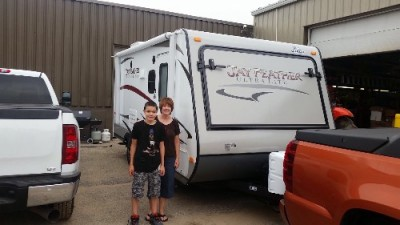 Sobin Family of Spring Valley with their Jay Feather Ultra Lite X18D