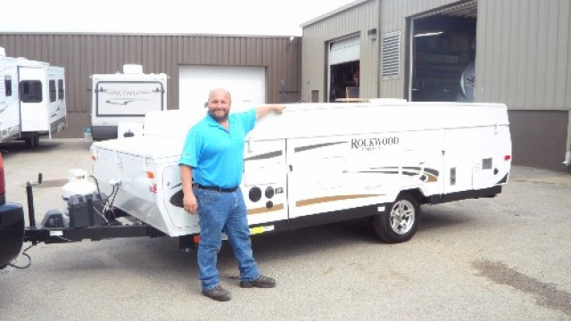 Ken of Downers Grove, IL with their Rockwood Mini Lite 2109S