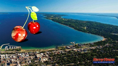 Michigan cherries at Traverse city state park