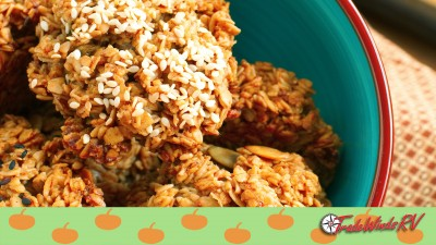 Pumpkin Spice Oatmeal Breakfast Cookies