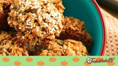 Pumpkin Spice Oatmeal Breakfast Cookies