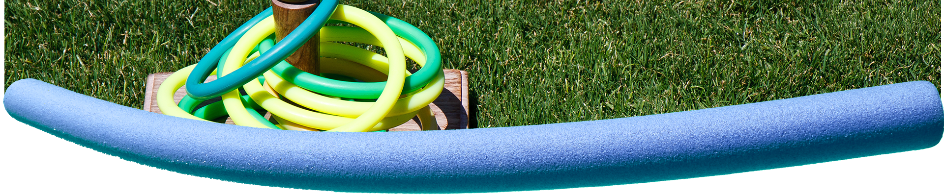 ring-toss-and-blue-pool-noodle