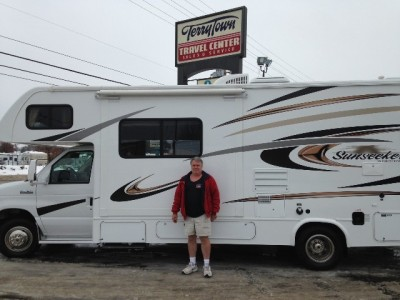 Brad Kortman of Grand Rapids, MI with their Sunseeker 2290S CHEVY