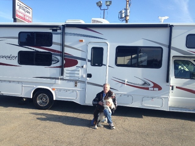 Brad Kortman of Grand Rapids, MI with their Sunseeker 2500TS FORD