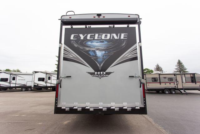 2020 Cyclone 4005 Exterior Photo
