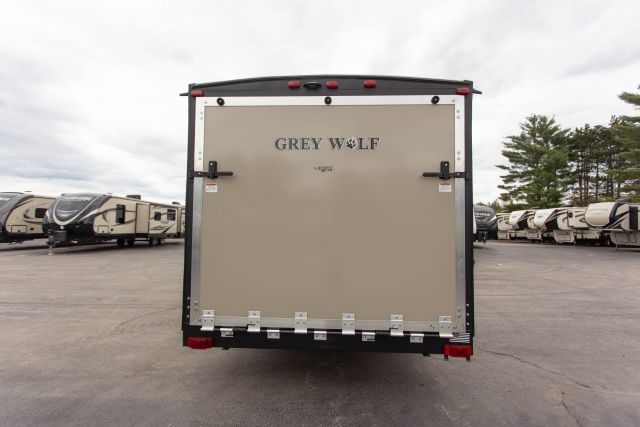 2019 Grey Wolf 22RR Exterior Photo