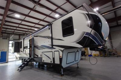 2020 Montana High Country 373RD - 742117