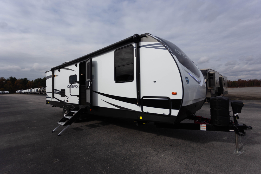 2020-outback-ultra-lite-291ubh-photo