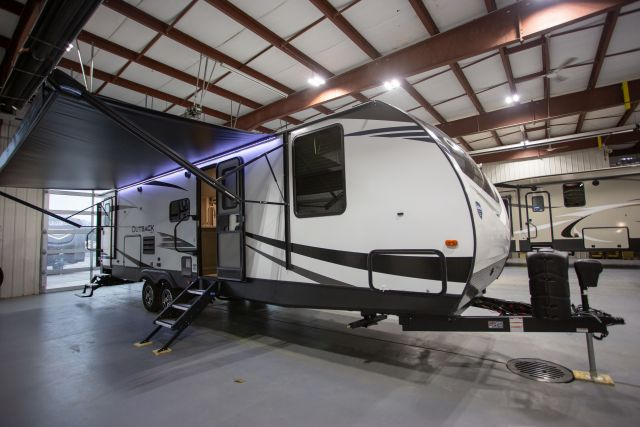2019 Outback Ultra Lite 301UBH