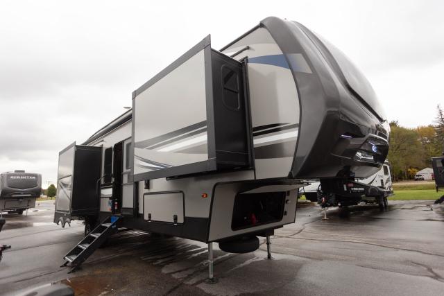 2020 Sprinter Limited 3550FWMLS - 531397