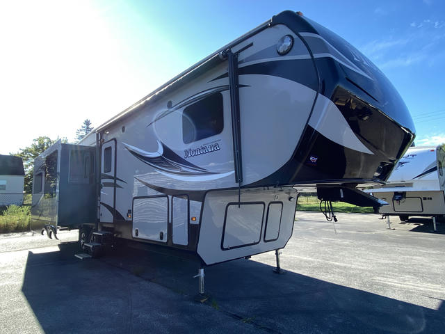 2014 Montana High Country 318RE - 740887