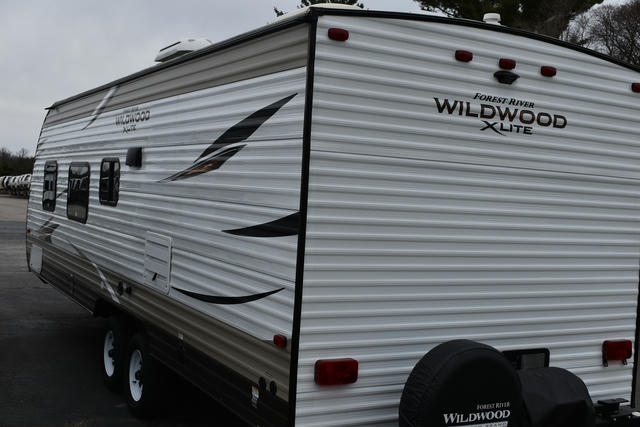2019-wildwood-x-lite-261bhxl-photo-029