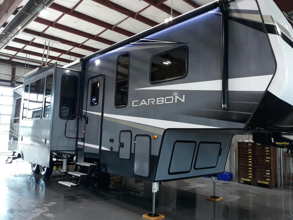 2020-carbon-348-photo-014