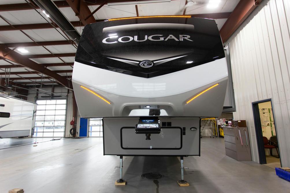 2020-cougar-368mbi-photo-018