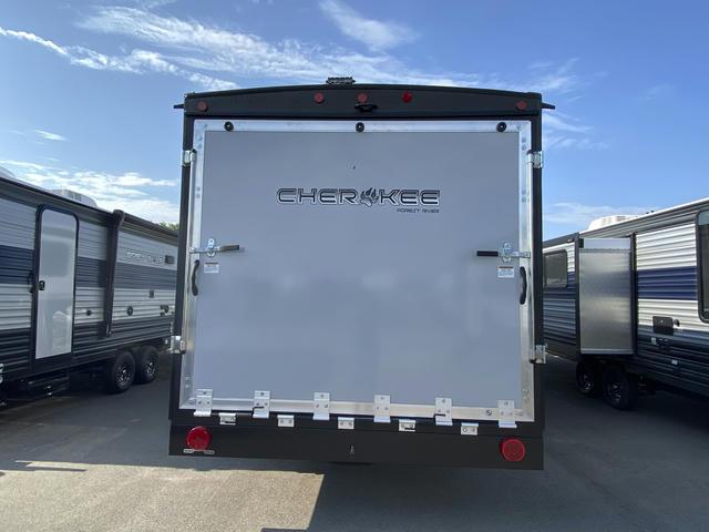2021-cherokee-294rrbl-black-label-photo-038