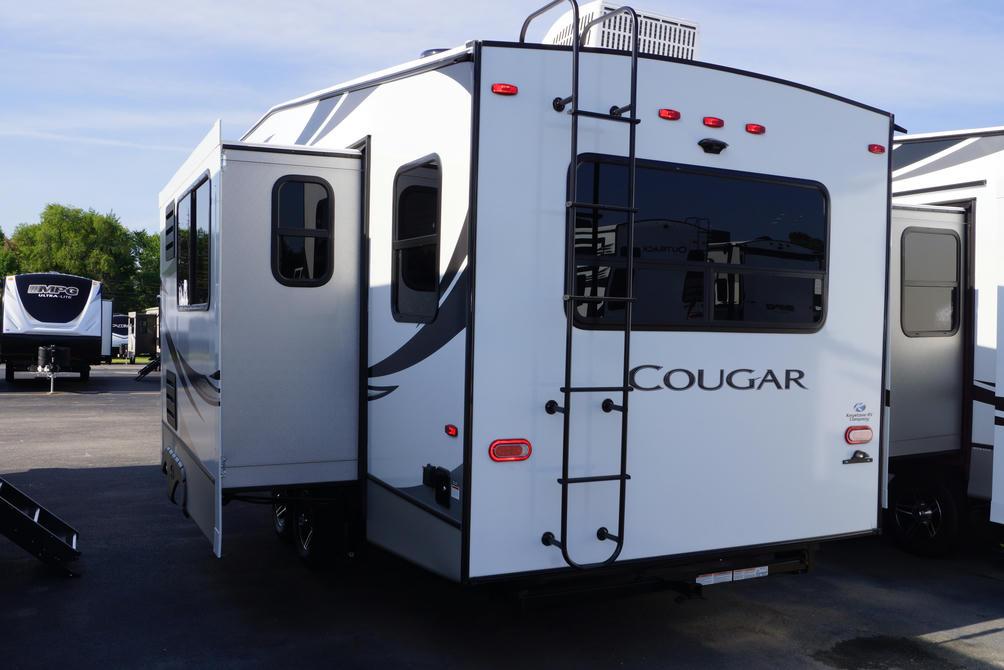2021-cougar-half-ton-24rds-photo-002