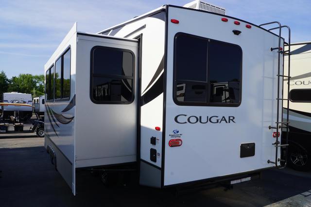 2021 Cougar Half Ton 25RES