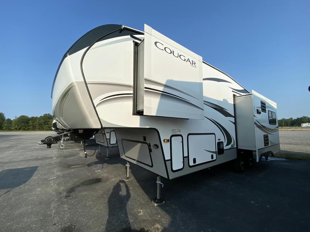 2021 Cougar Half Ton 27SGS