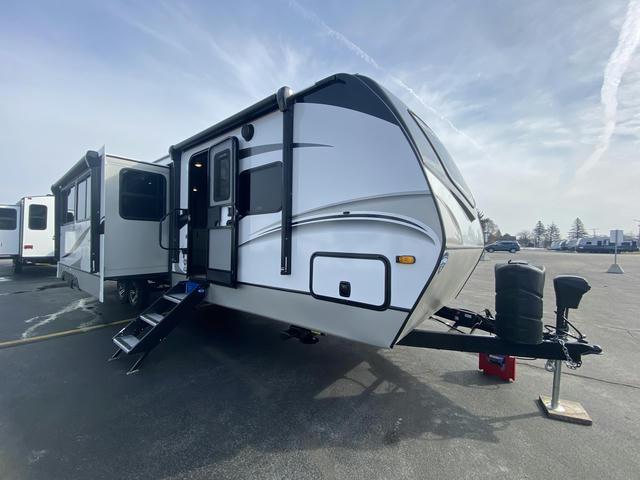 2021 Cougar Half Ton 34TSB - 508959